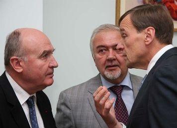 Почему заменяются сопредседатели Минской группы ОБСЕ?