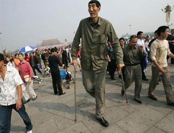 Աշխարհի ամենաբարձրահասակ մարդը ապրում է Չինաստանում