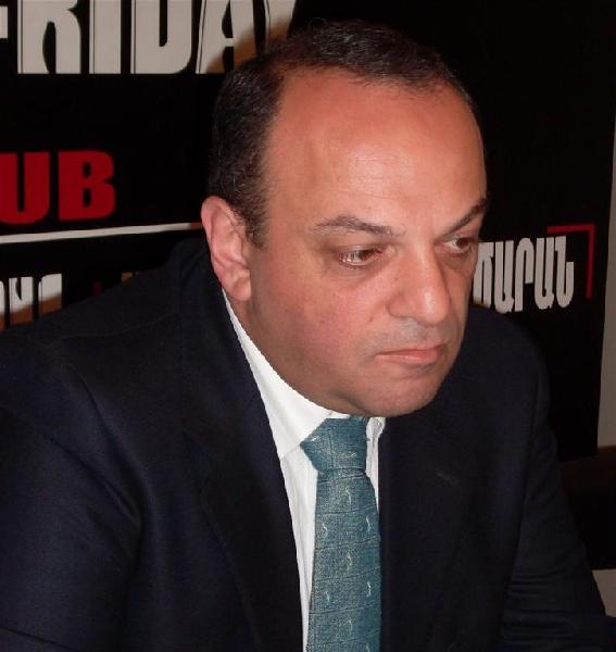 Арман Меликян