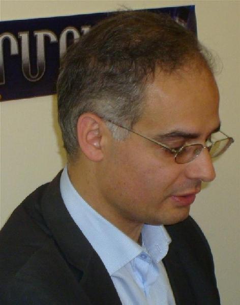 Левон Зурабян призывает Дашнакцутюн к сотрудничеству