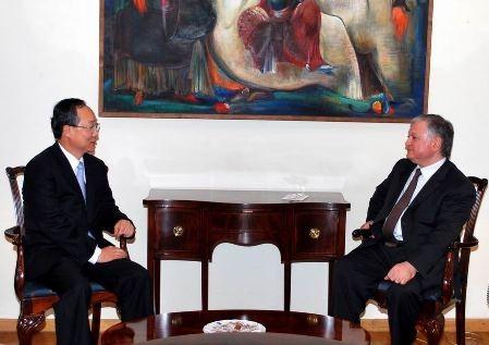 Эдвард Налбандян принял посла Кореи в Армении Ли Кю-Хюнга
