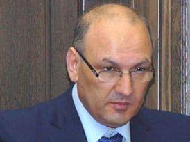 Պետեկամուտների կոմիտեի ղեկավար Գագիկ Խաչատրյանի դեմ մահափորձի կապակցությամբ կան ձերբակալվածներ, հայտարարվել է հետախուզում