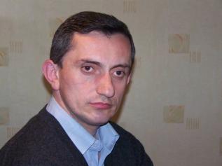Արմեն Աղայան.