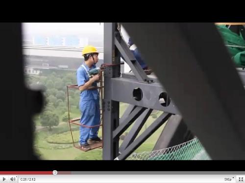 Китайцы построили 15-этажный отель за 6 дней