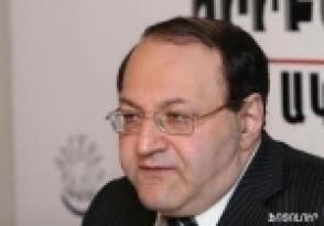Амаяк Ованнисян приглашает Сержа Саргсяна