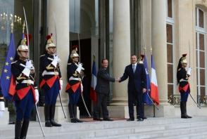 Ֆրանսիայի նախագահը Ալիևին կոչ է արել խթանել ԼՂ հակամարտության կարգավորման բանակցությունների ավարտը