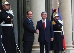 Ո՞վ է մատ թափ տվել ֆրանսիացի լրագողի վրա՝ Էդուարդ Նալբանդյանը, Տիգրան Դավթյանը, թե՞ Հրանուշ Հակոբյանը