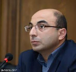 Վահե Հովհաննիսյան. «Եկեք մեզ չխաբենք»