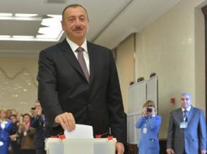 Алиев «переизбран» президентом Азербайджана