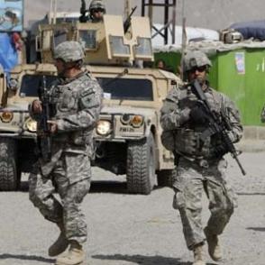Американские военные в Афганистане уничтожают большую часть техники и оборудования