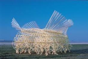 Движимые ветром скульптуры