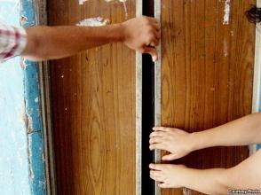 5 տարեկան երեխայի գլուխը մնացել է վերելակի դռների արանքում