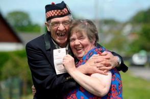 Աղբամանից հանած տոմսով շոտլանդուհին 1 մլն ֆունտ է շահել (լուսանկար)