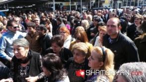 «Մալաթիա» տոնավաճառի աշխատակիցները բողոքի ակցիա են իրականացնում (տեսանյութ)