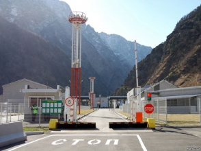 Հայաստանը Ռուսաստանին առաջարկել է Վերին Լարս անցակետում առանձին միջանցք բացել ԵՏՄ մեքենաների համար