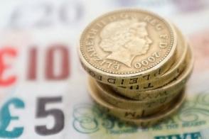 Британский фунт впервые с 1985 года упал ниже $1,35