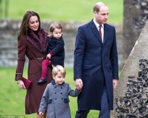 Արքայազն Ուիլյամն ու Քեյթ Միդլթոնը Սուրբ ծննդի առավոտյան ողջ ընտանիքով այցելել են եկեղեցի (ֆոտոշարք)