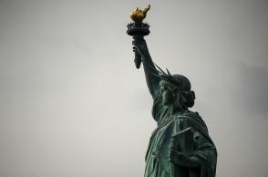 Սպիտակ տան կայքում Ազատության արձանը հանելու խնդրագիր է հայտնվել