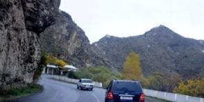 Մցխեթա-Ստեփանծմինդա-Լարս ճանապարհը օրական մի քանի անգամ 2 ժամով փակվելու է