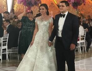Известные певцы выступили на свадьбе сына Самвела Карапетяна