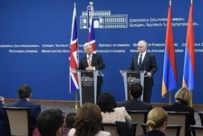 Էդ․Նալբանդյան․ «Միգուցե միայն Ադրբեջանում կարող են ասել, թե ինչպիսի առաջարկներ են գրգռել իրենց հետաքրքրությունը» (տեսանյութ)