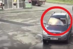 Վորոնեժում հեռախոսն աղջկա ձեռքի մեջ պայթել է (տեսանյութ)