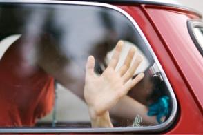 Տաքսու 35-ամյա կին վարորդը հայտնել է, որ իր հաճախորդն ավտոմեքենայում բռնաբարել է իրեն