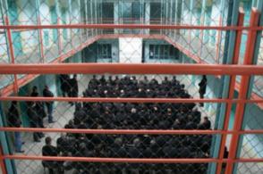 Գլդանիի 8-րդ բանտի զուգարանում պարանոցը կտրած բանտարկյալ են հայտնաբերել