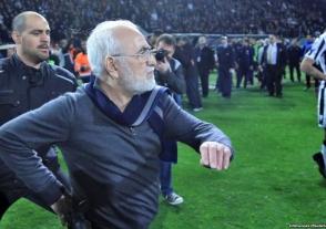 Հունաստանի կառավարությունը դադարեցնում է ֆուտբոլի առաջնության խաղարկությունը