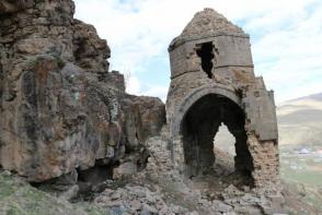 Վանի 400-ամյա հայկական եկեղեցին փլուզման եզրին է (լուսանկար)