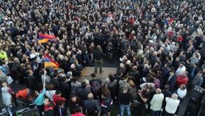 Հանրապետության հրապարակում բազմահազարանոց հանրահավաք տեղի ունեցավ (տեսանյութ)