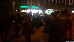 Գիշերը ոստիկանները ծեծի են ենթարկել «Ազատության» ծրագրի թողարկիչ Անատոլի Եղիազարյանին (տեսանյութ)