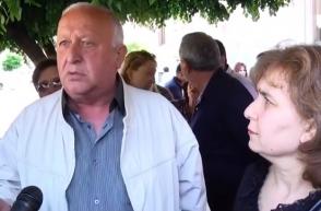 Բողոքի գործողություն կառավարության շենքի մոտ (տեսանյութ)