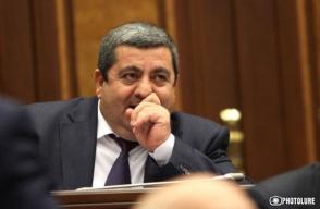 ԱԱԾ-ում Առաքել Մովսիսյանին բացատրել են, թե որ դեպքում նա կարող է ազատվել պատասխանատվությունից (տեսանյութ)