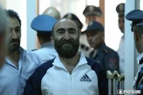 «Մեր ազատությունը ոնց որ աճուրդ-վաճառքի դրված լինի». Պավլիկ Մանուկյան (տեսանյութ)