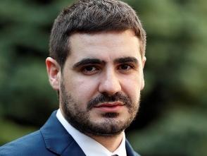 «Նրա գործընկերը ոչ թե ՀՀ վարչապետն է, այլ ՀՔԾ-ն». Արման Եղոյանը՝ Ռոբերտ Քոչարյանին