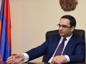 Власти поспешно пытаются «сфабриковать» против него обвинения коррупционного характера – руководитель офиса Роберта Кочаряна