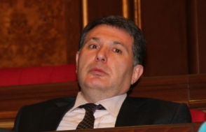 ԱԺ նիստում Արամ Հարությունյանին կալանավորելու դատախազության միջնորդության հարցն է (տեսանյութ)