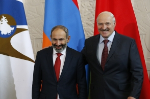 Лукашенко осуществил в Армении «бархатную революцию» (видео)