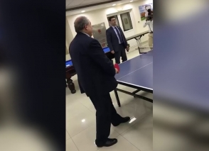 Արմեն Սարգսյանն ու Նունե Սարգսյանը միասին պինգ-պոնգ են խաղացել