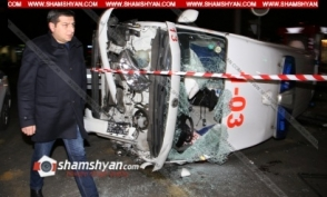 Շտապօգնության մեքենայի մասնակցությամբ ավտովթարն արձանագրվել է տեսախցիկի կողմից