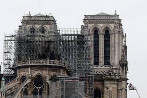 Հրդեհից փրկված արվեստի գործերը Նոտր Դամից տեղափոխել են Փարիզի քաղաքապետարան