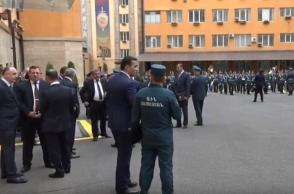 Նիկոլ Փաշինյանն այցելել է ոստիկանություն (տեսանյութ)
