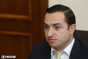 ԱԺ-ում Մխիթար Հայրապետյանն էլ բորբոքվեց․ թեժ վիճաբանություն