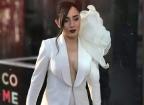 Србук появилась на церемонии открытия «Евровидения-2019» в костюме с глубоким декольте