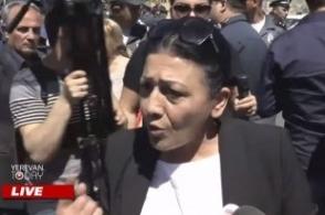 Մենք պատերազմ ենք հաղթել, մեր դեմ են հանել փողոցի այլասերվածներին. Քոչարյանի աջակիցներ (տեսանյութ)