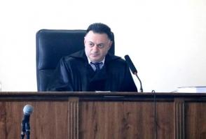 Դատարանում` ինչպես դատարանում