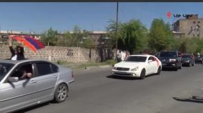 Այսօր ևս ավտոերթ է տեղի ունեցել՝ ի աջակցություն Ռոբերտ Քոչարյանի (տեսանյութ)
