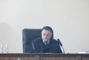 Դատավորը թույլ չտվեց Ռոբերտ Քոչարյանի փաստաբաններին տեսագրություն ցույց տալ դատարանում