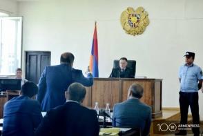 Суд освободил Роберта Кочаряна из-под ареста под личное поручительство (видео)